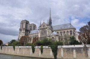 Notre Dame vor der Katastrophe