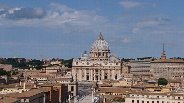 Blick auf den Petersdom und den Vatikan