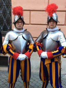 Schweizer Garde Katholische Kirche Küsnacht Erlenbach Geschwister Vereidigung