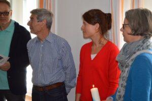 Interessierte Besucher Katholische Kirche Küsnacht Erlenbach Sozialprojekt