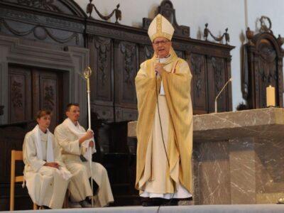 Dr. Marian Eleganti im Gottesdienst